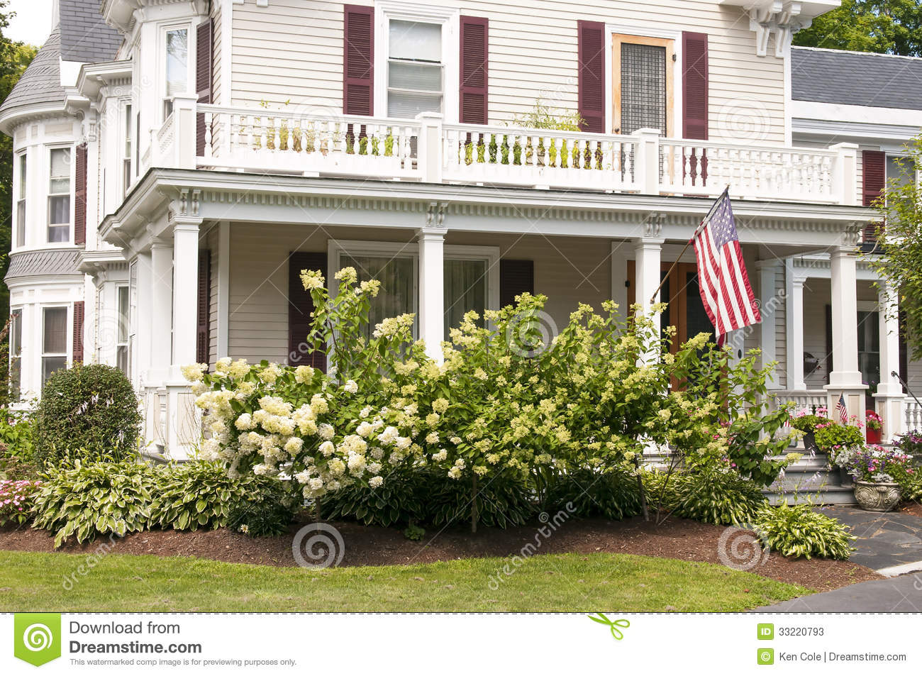 New england house porch stock photos image 33220793 for Classic house landscape