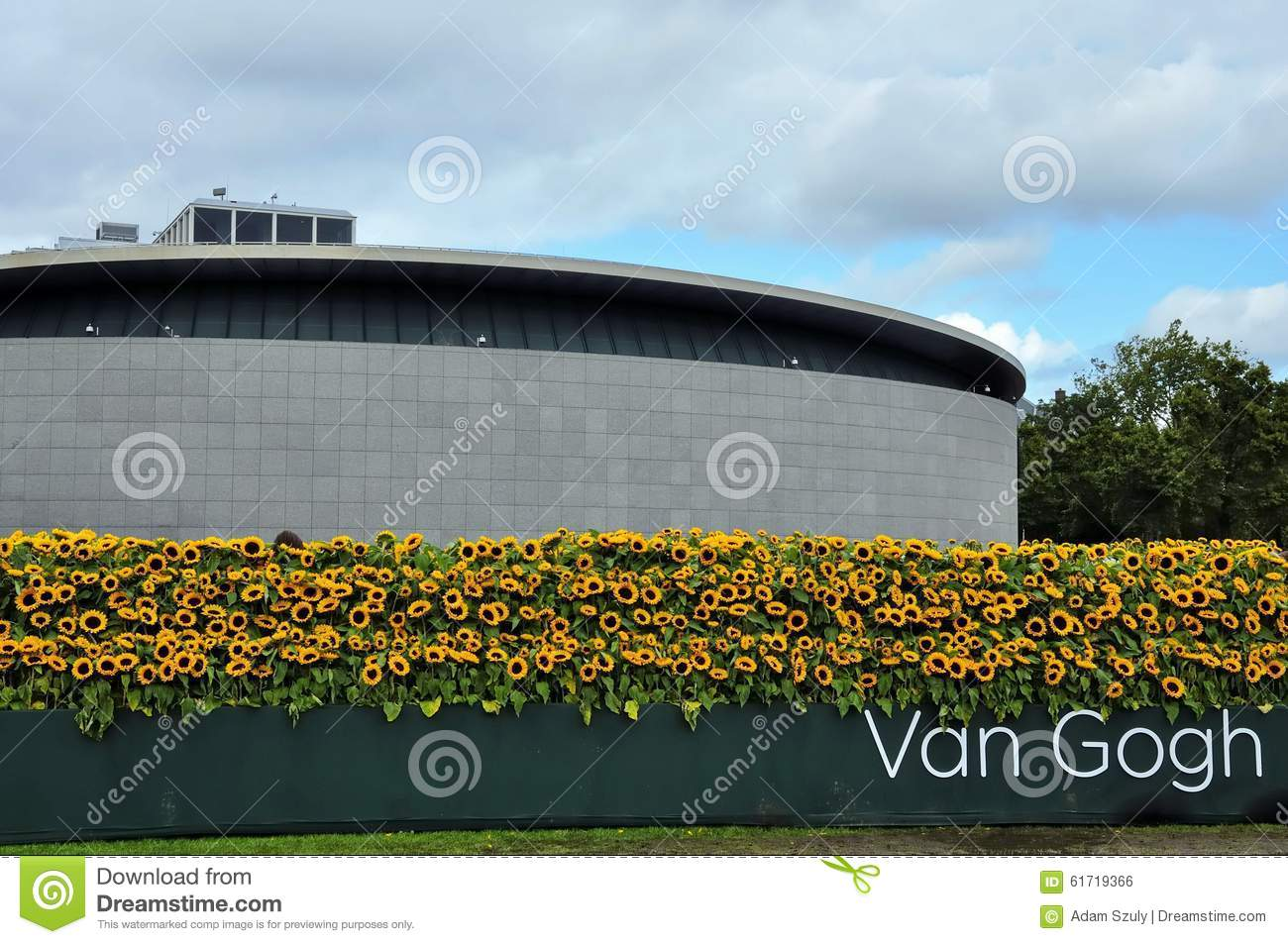 Museo Di Van Gogh.The New Entrance Of The Van Gogh Museum With The Sunflower Labyrinth