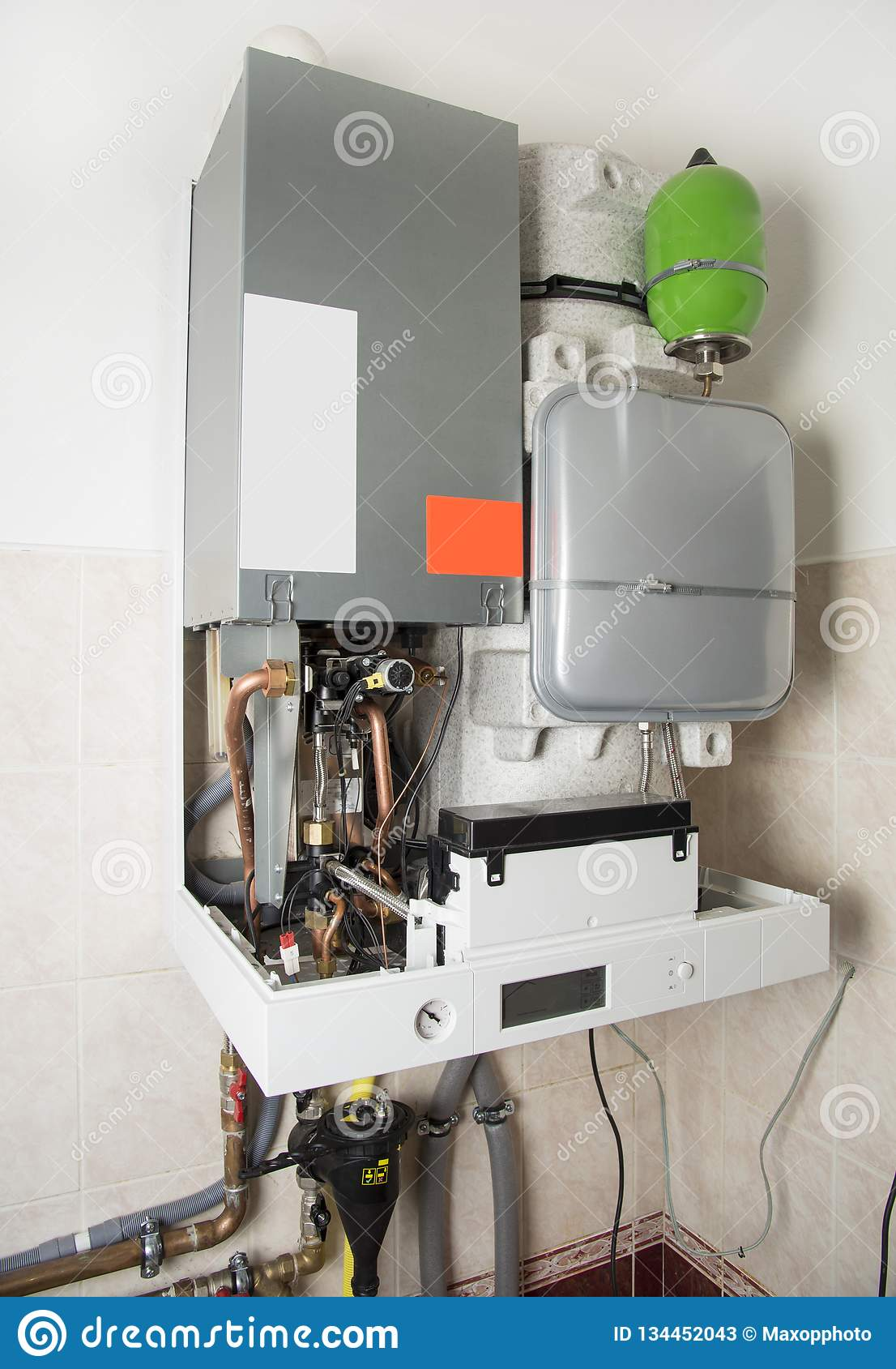 New gas condens boiler for heating and hot water