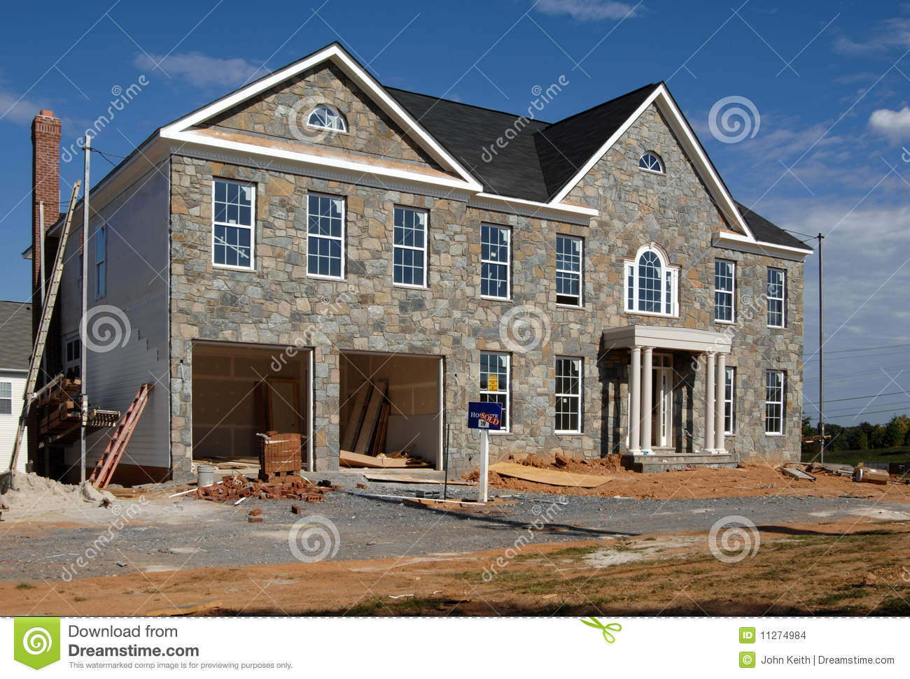Home construction financing stock photography for How to finance building a new home