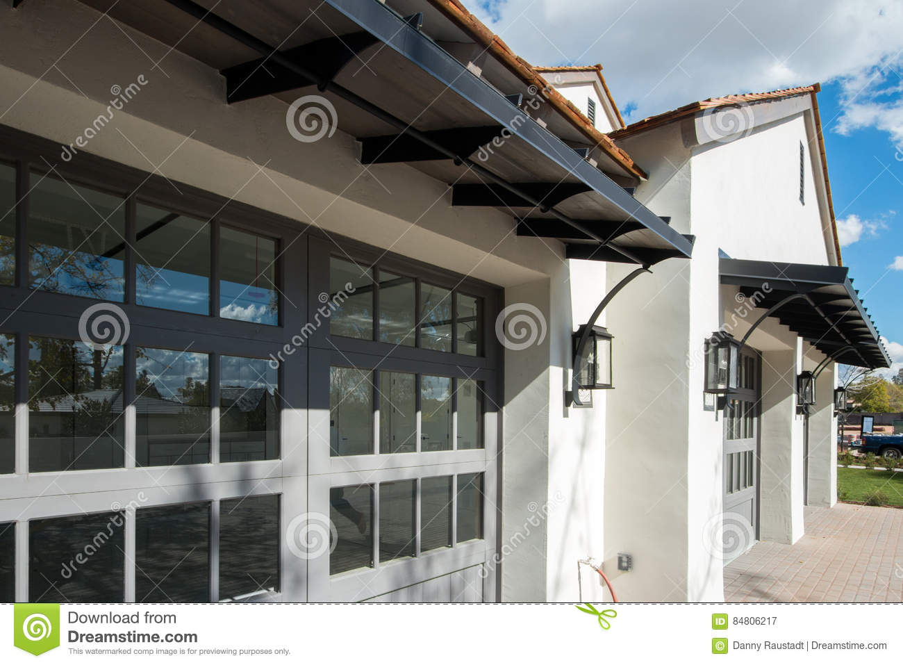 Download New Home With Four Car Garage Stock Image   Image Of Desert, Bank: