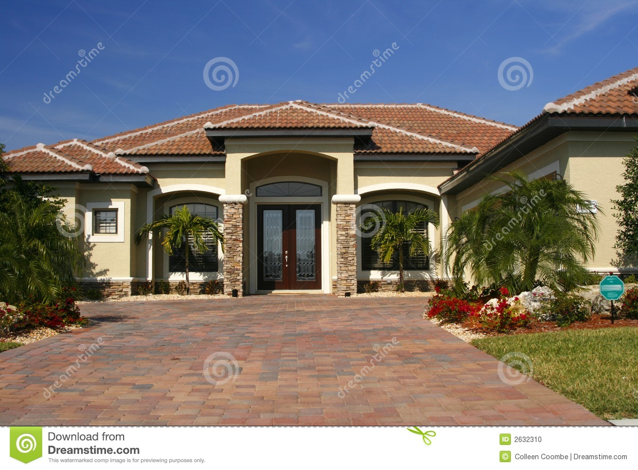 New Home With Stone Accents Stock Photo Image 2632310