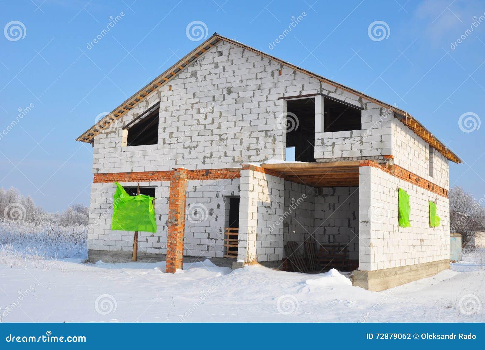 Своими руками дом из пеноблока утепляем