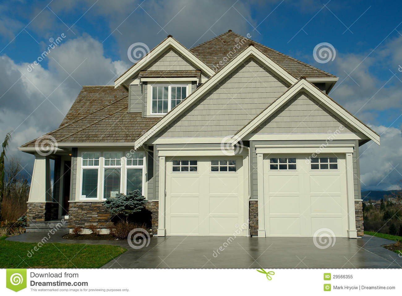 New House Exterior Siding Roofing Royalty Free Stock Photo Image 29566355