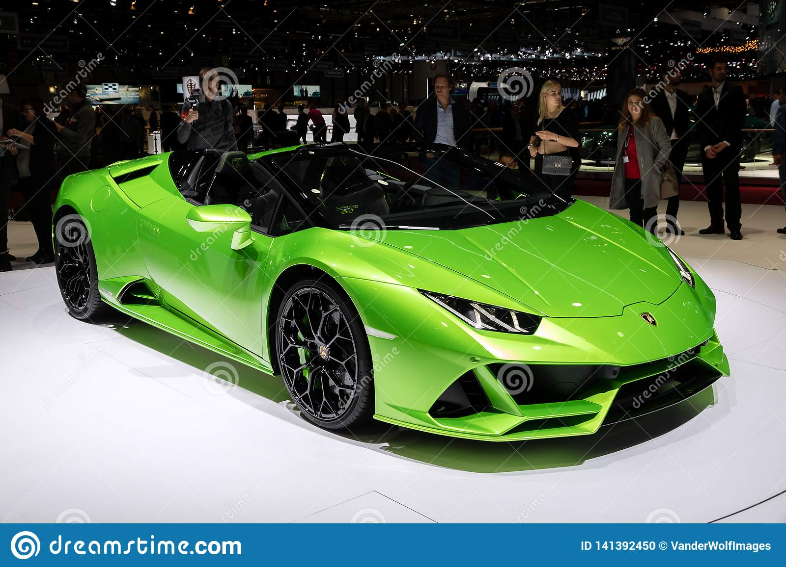 New 2019 Lamborghini Huracan Evo Spyder Supercar Editorial
