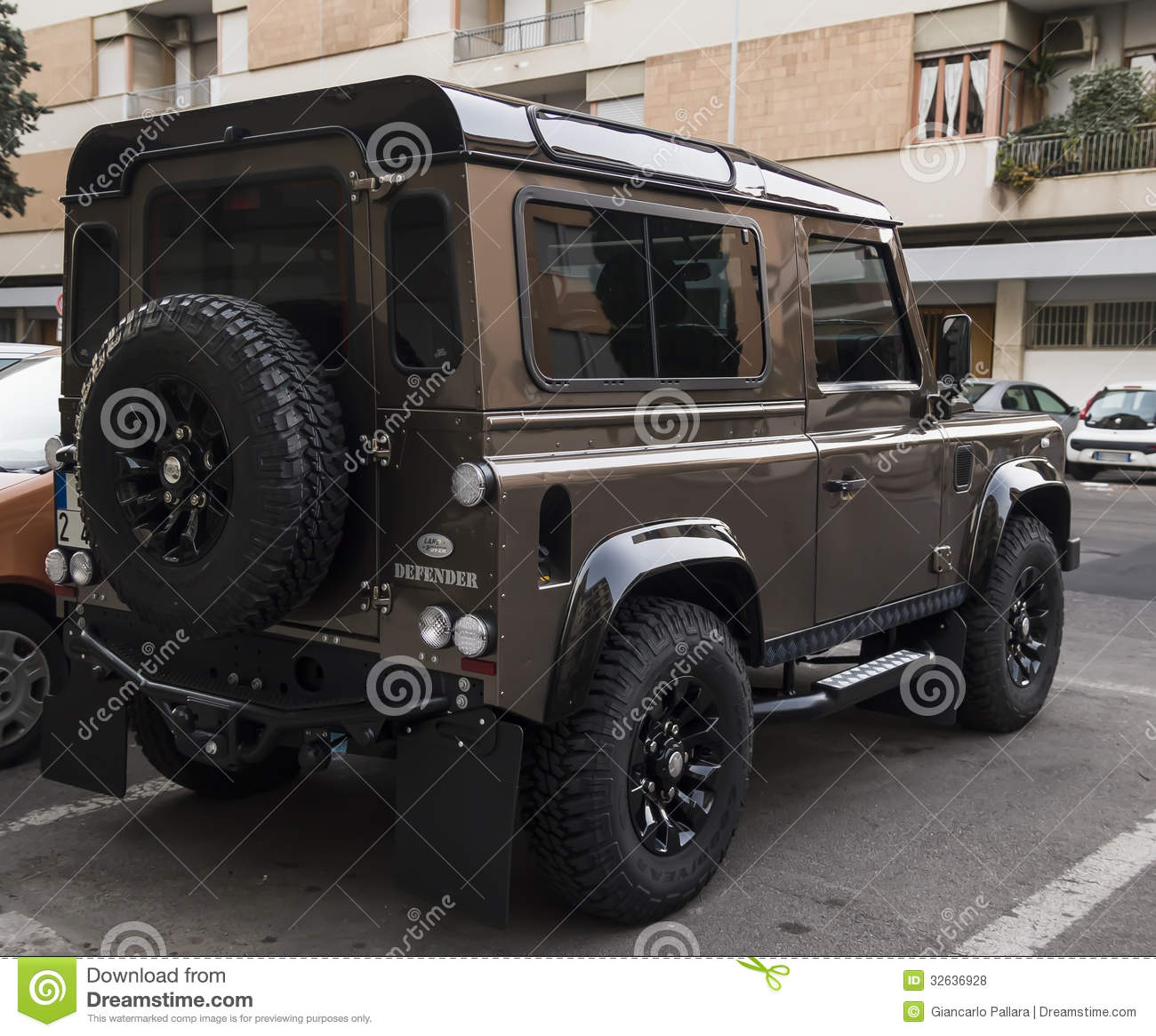 Defender 110 2018 >> New Landrover Defender Suv Editorial Stock Photo - Image ...