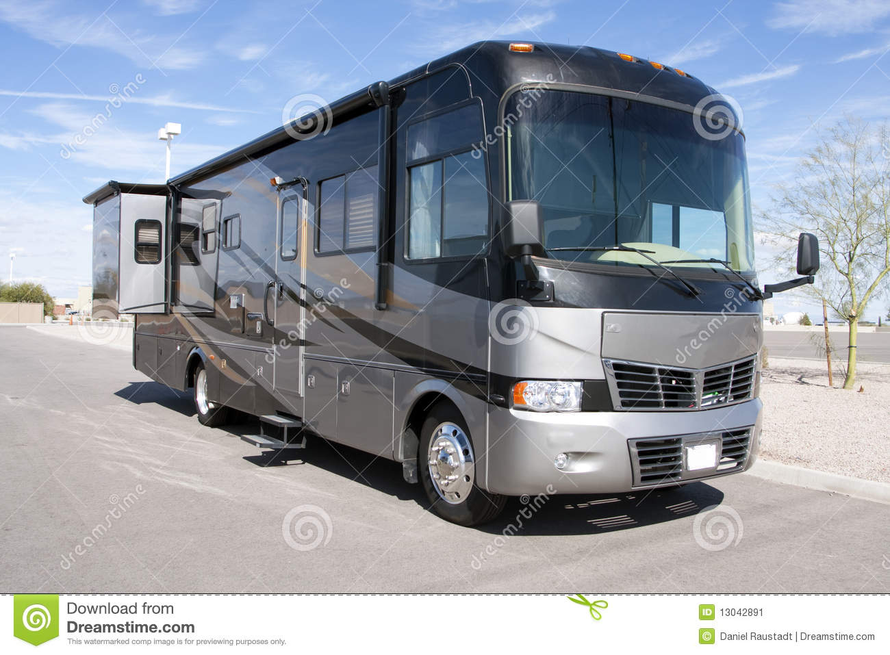 New Luxury Motor Home Rv Coach Stock Image Image Of Fuel Coach 13042891