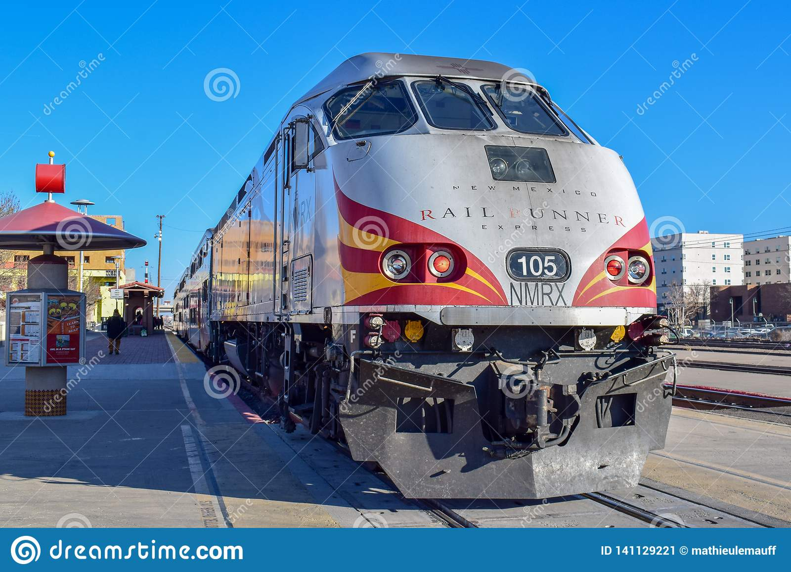 Albuquerque To Santa Fe >> New Mexico Rail Runner Train Locomotive Editorial Photo