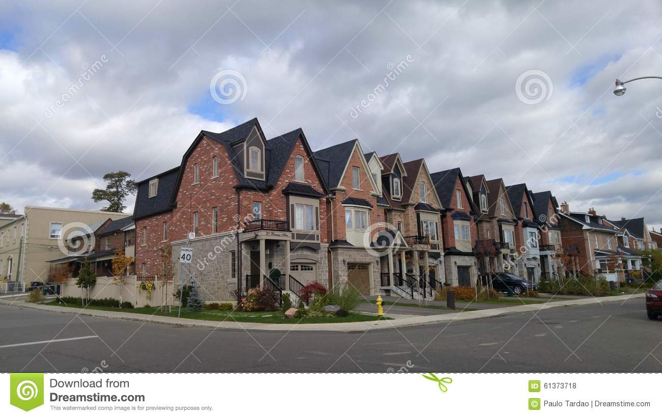 New Million Dollar Homes In Torontos West End Stock Photo