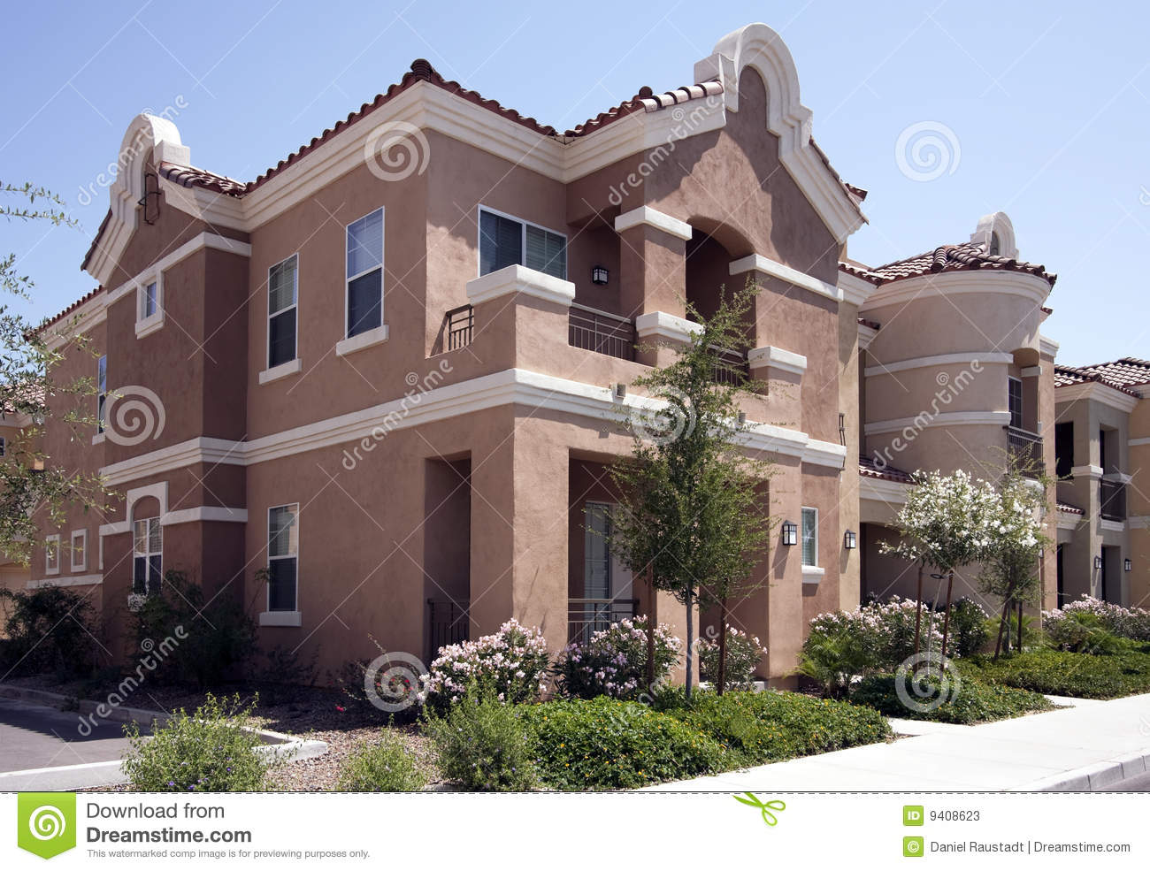 New modern arizona homes stock photos image 9408623 for Building a house in arizona