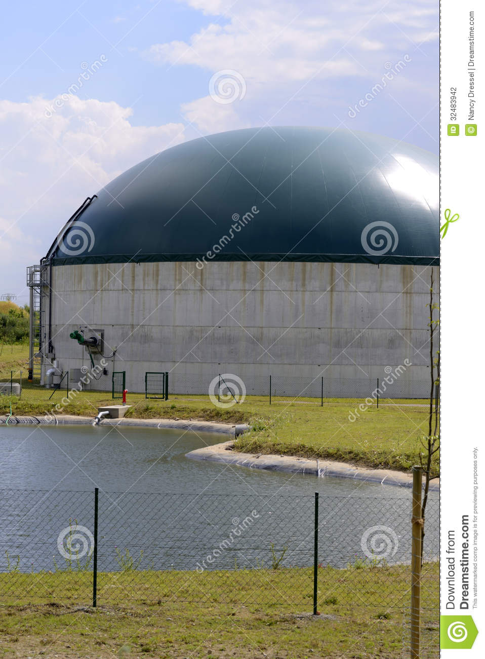 How To Make Biogas Plant Anaerobic Digester Images Of Home Design Or Gobar Gasplant Diagram Urdu Download Modern Stable With And Solar Stock Photography