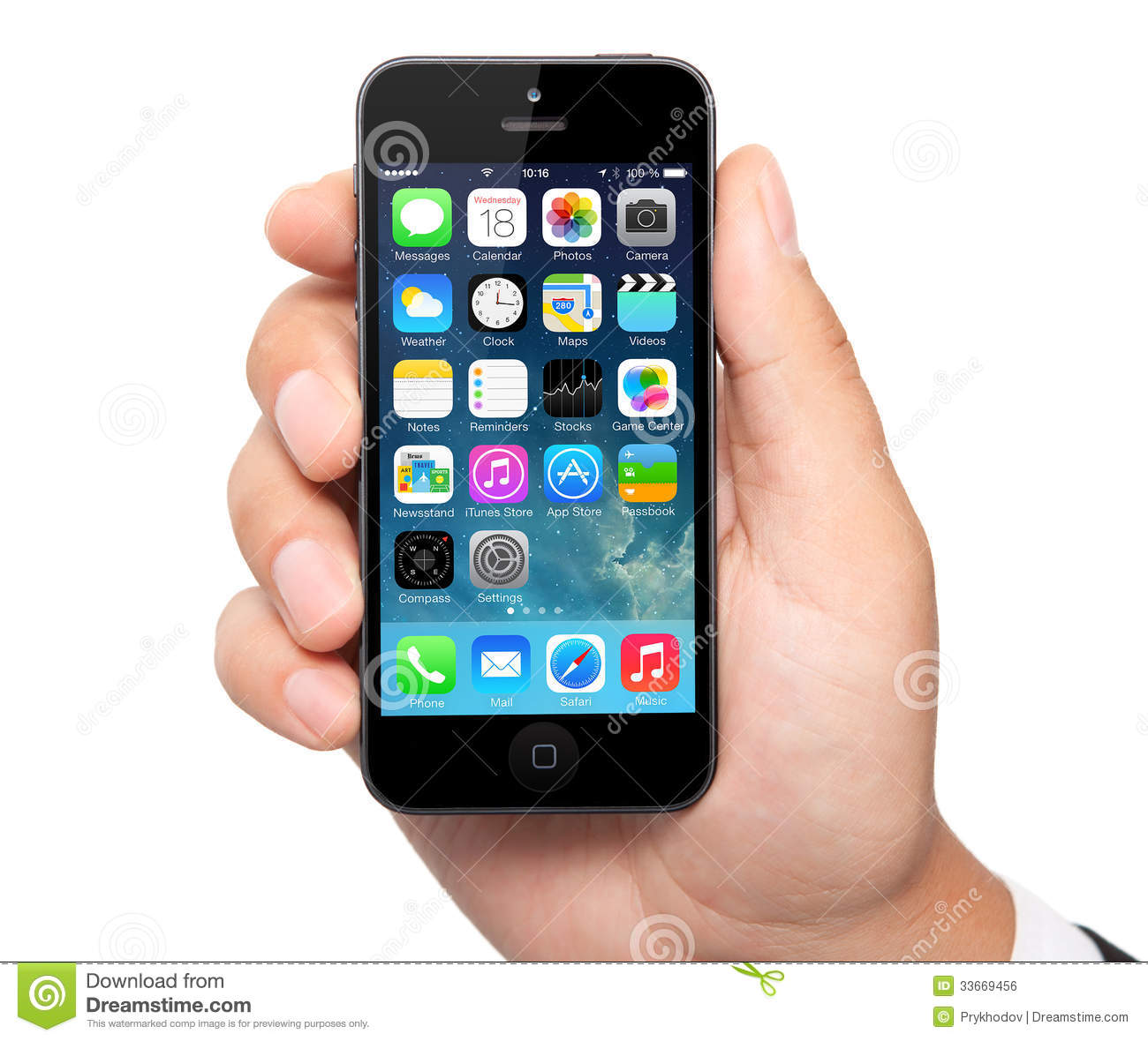 New Operating System IOS 7 Screen On IPhone 5 Apple ...