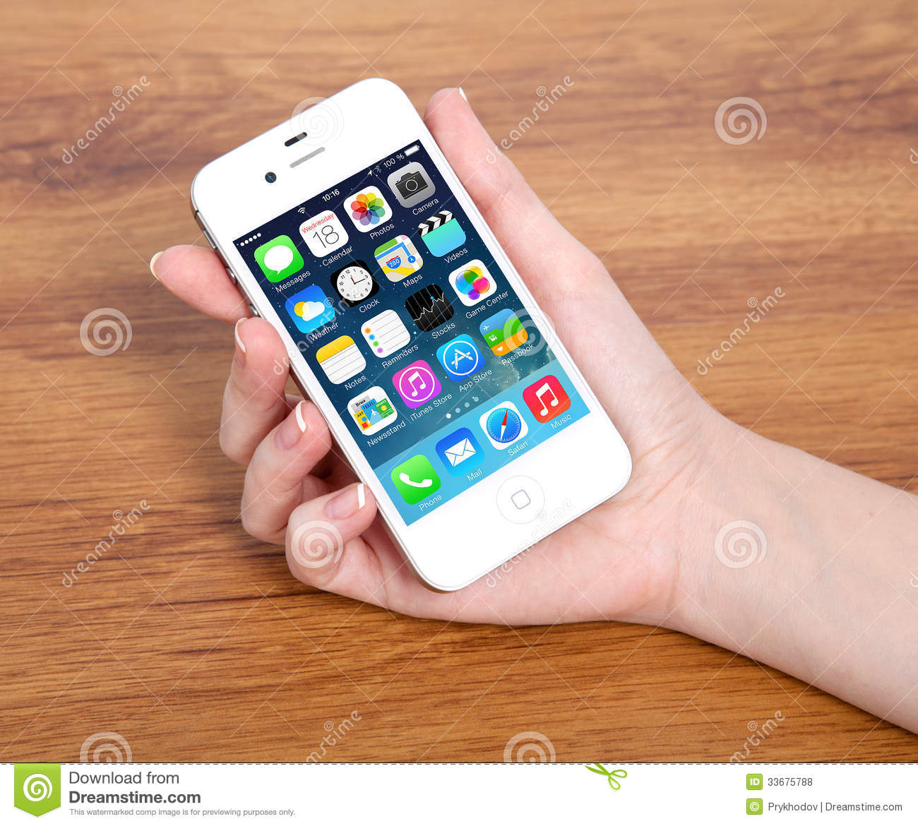 New Operating System Ios 7 Screen On Iphone 4s Apple