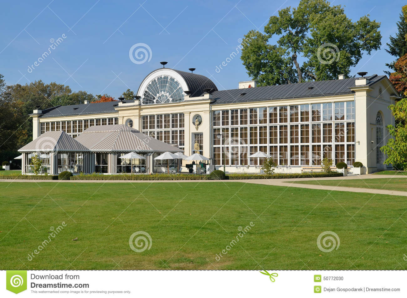 New Orangery In The Lazienki Park In Warsaw Editorial Image