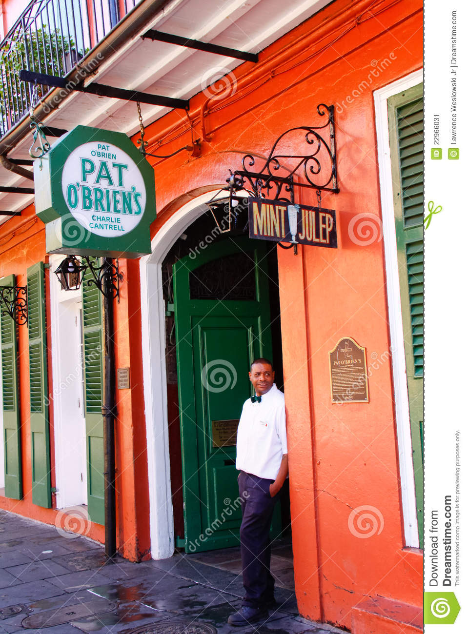 New Orleans Pat OBriens Bar