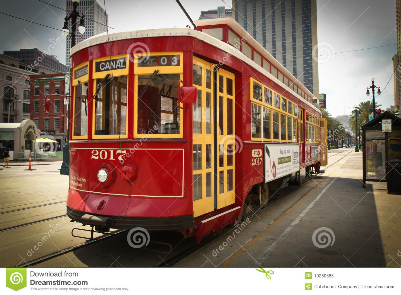 New Orleans Street Cars: Street Car Editorial Photo. Image Of Shadows