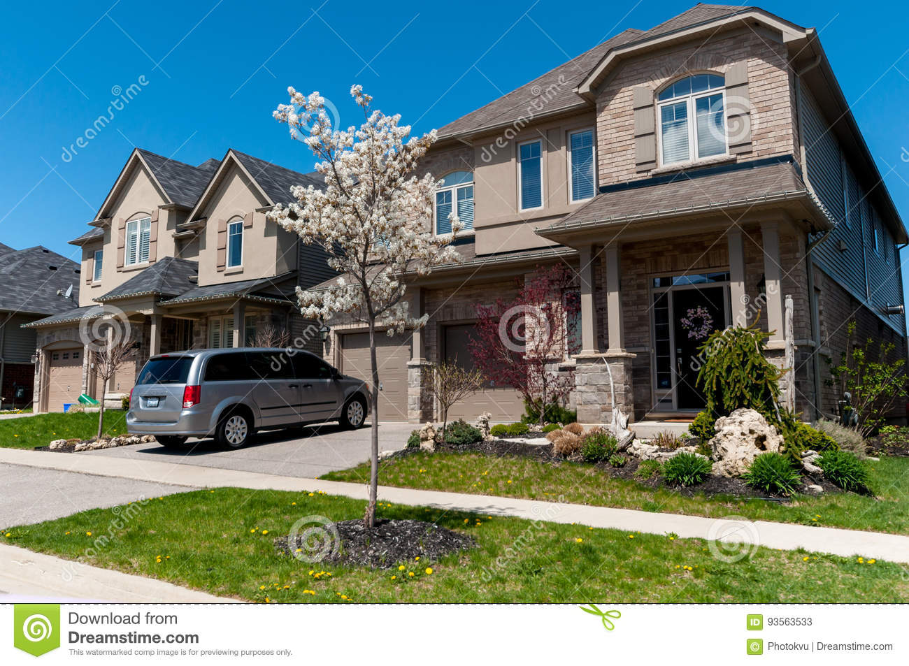 Attractive New Private Houses In Kitchener