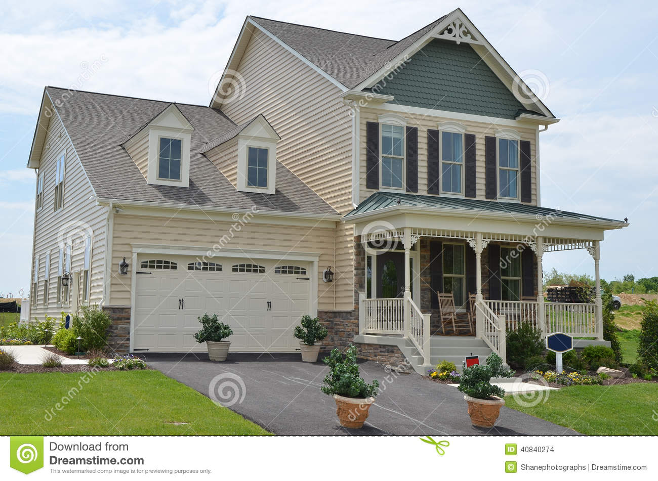 New single family home stock photo image 40840274 for Modern single family homes