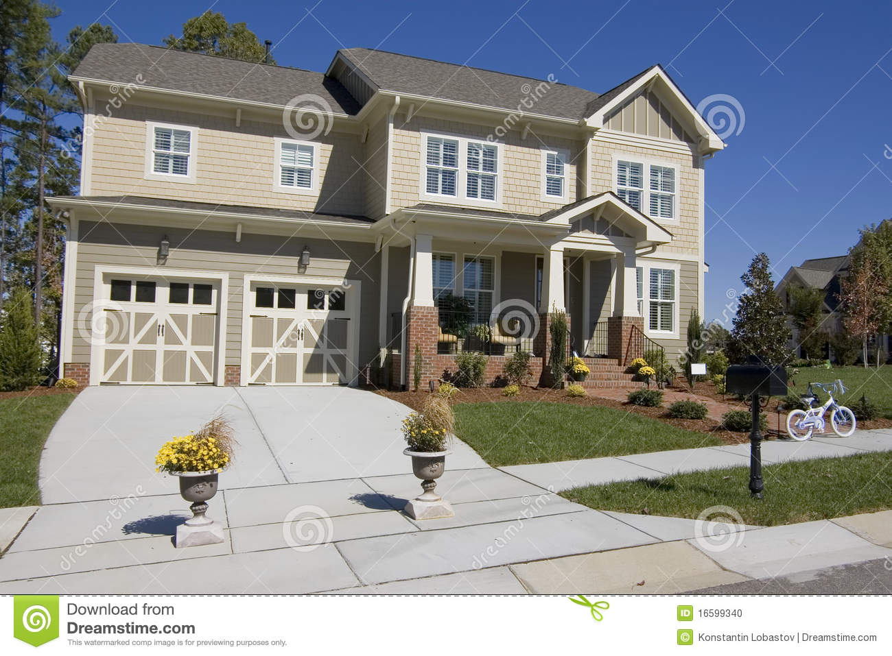 new suburban house for sale stock photo image 16599340