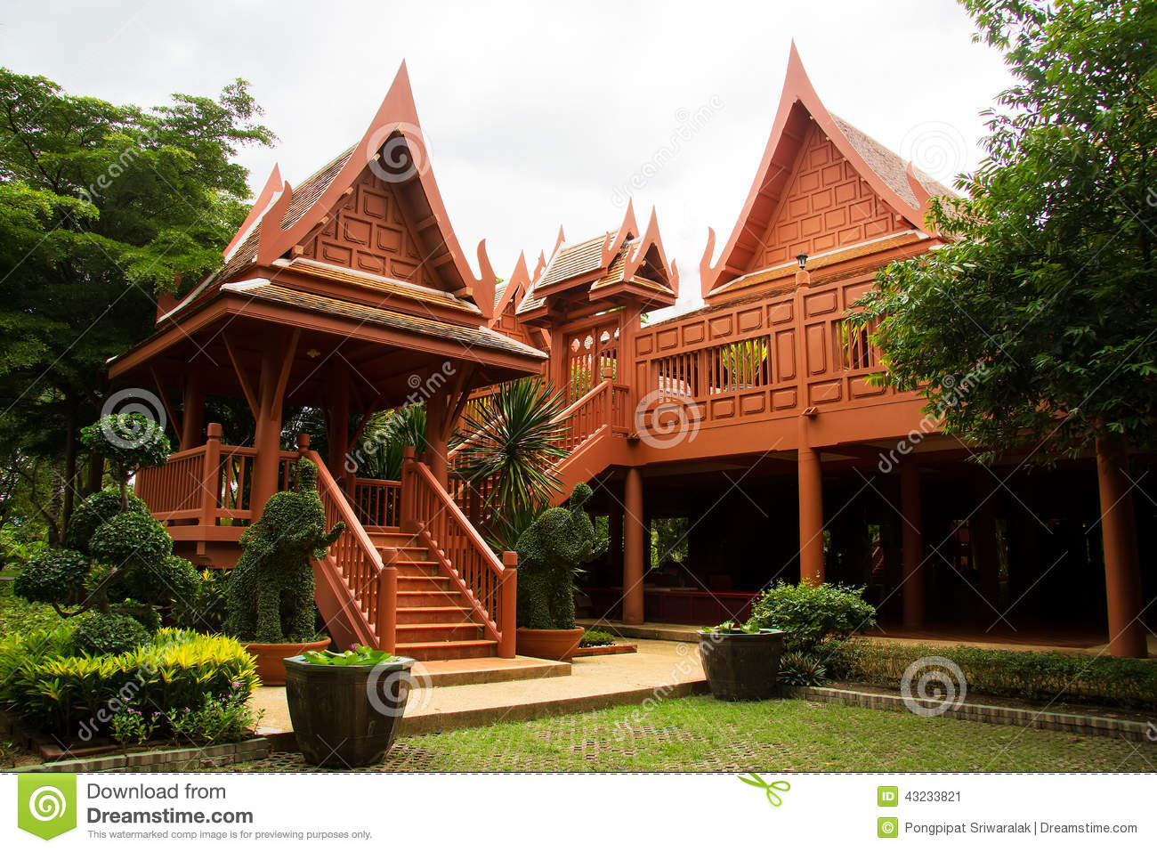 New thai house stock photo image 43233821 for Thai classic house 2