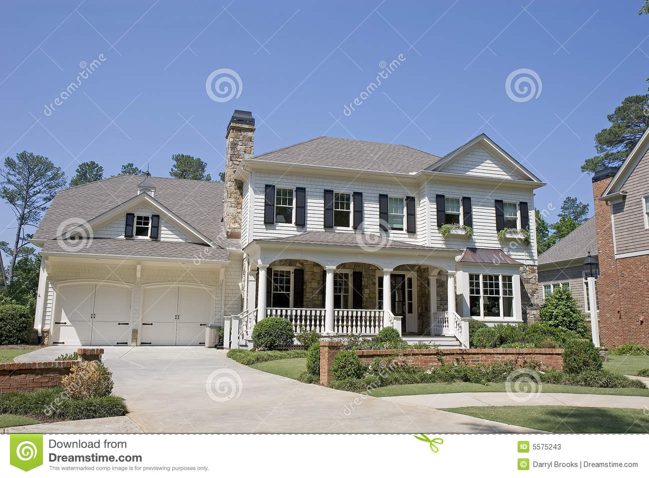New Two Story White Siding Stock Photos Image 5575243