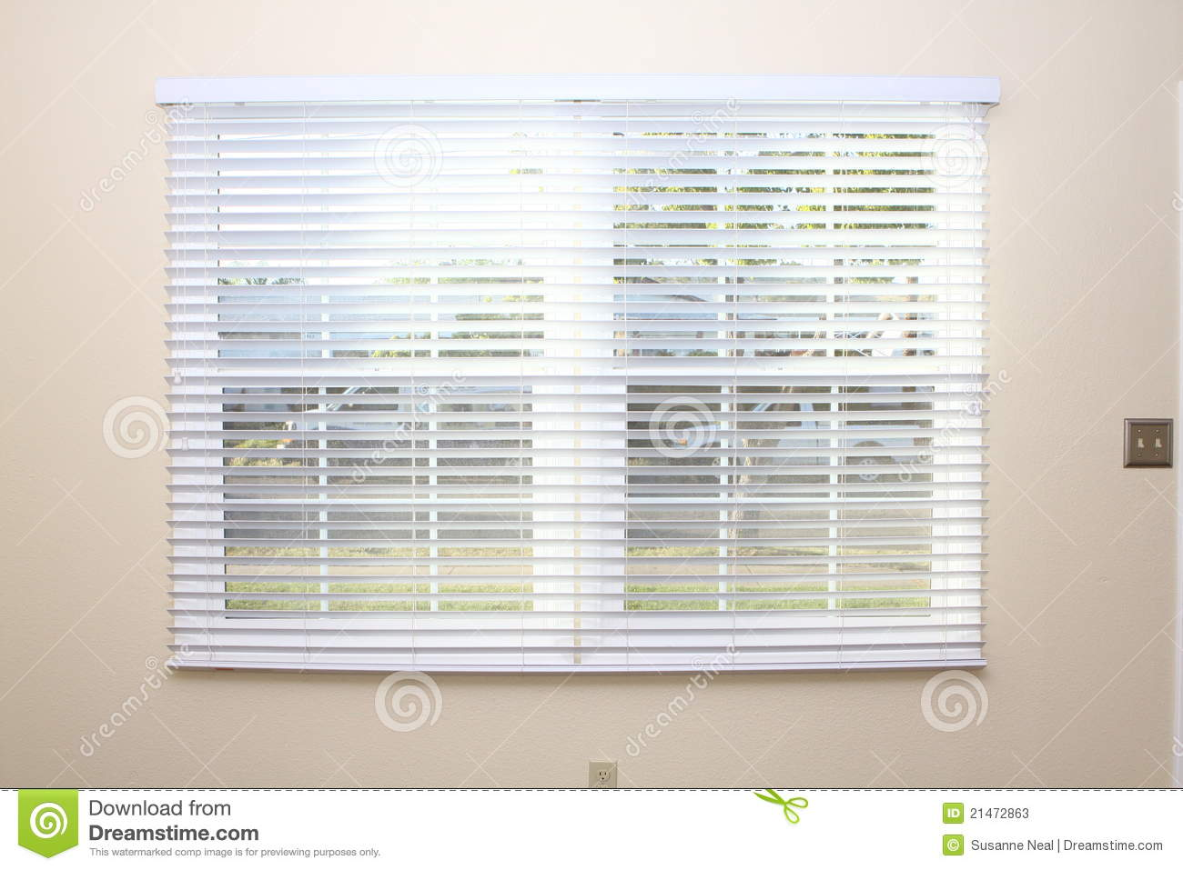 New Window Blinds On Interior Wall Stock Image Image