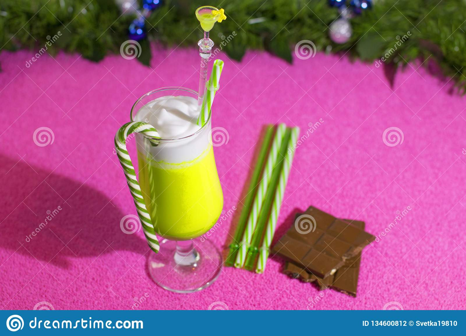 New Year Non-alcoholic And Alcoholic Drinks For Children ...