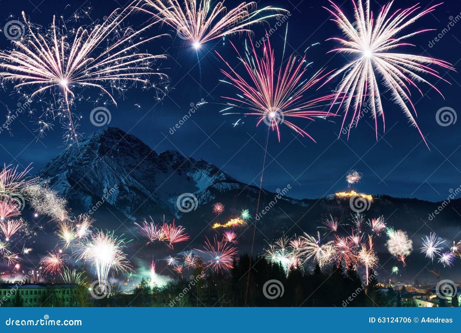 New Year s Eve firework display