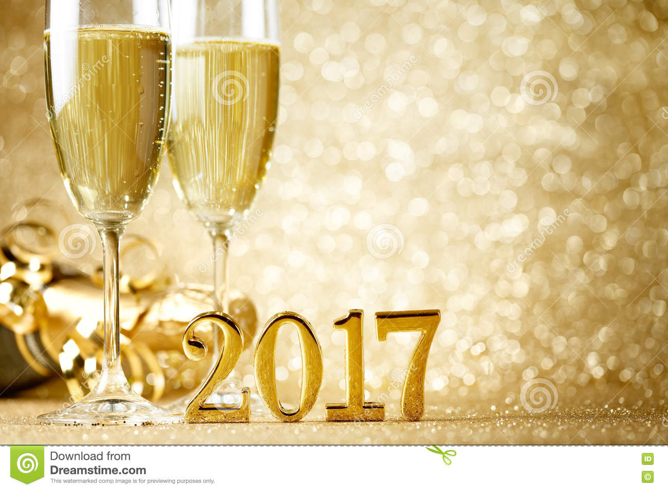 celebrating new years eve essay New year's eve customs vary depending on where you are in the world, and each country and city has their own way of celebrating there are countless.