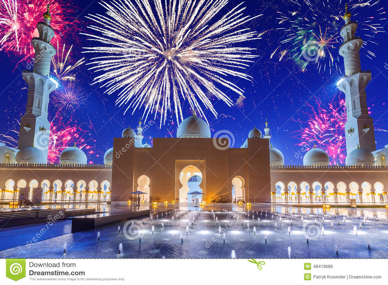 New Years Fireworks Display In Abu Dhabi Stock Image - Image of minaret, display: 48419689