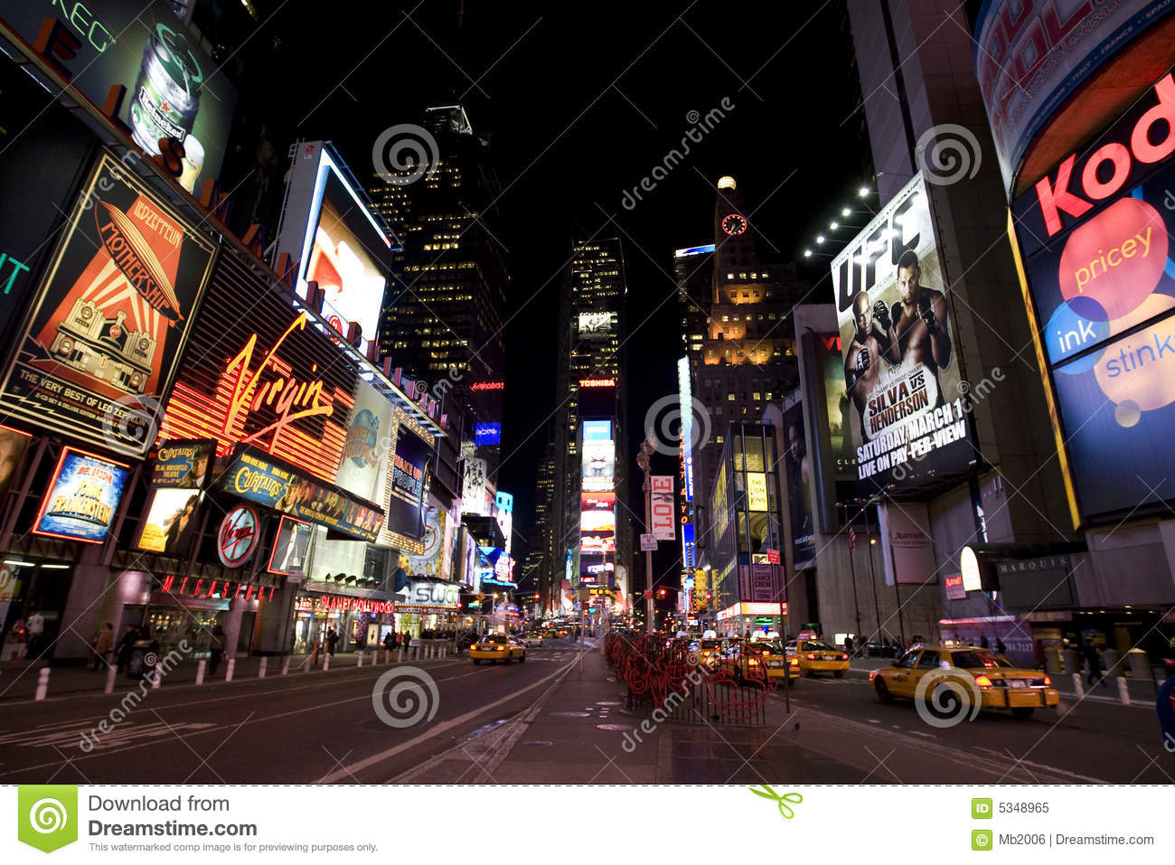New york broadway la nuit image ditorial image 5348965 for Table de nuit new york