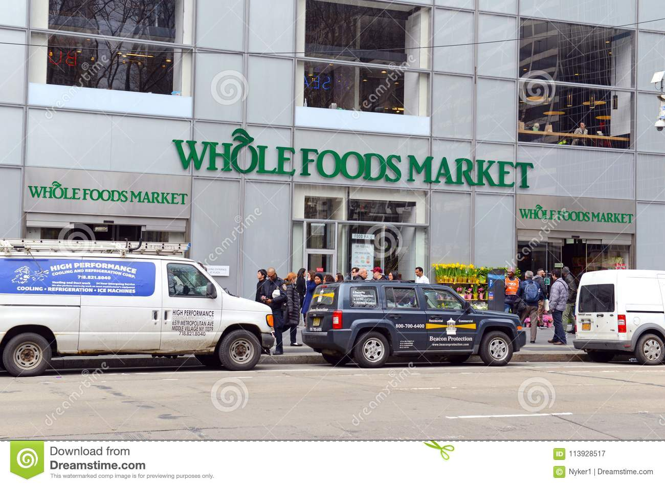 Whole Foods Market In Manhattan Editorial Photography
