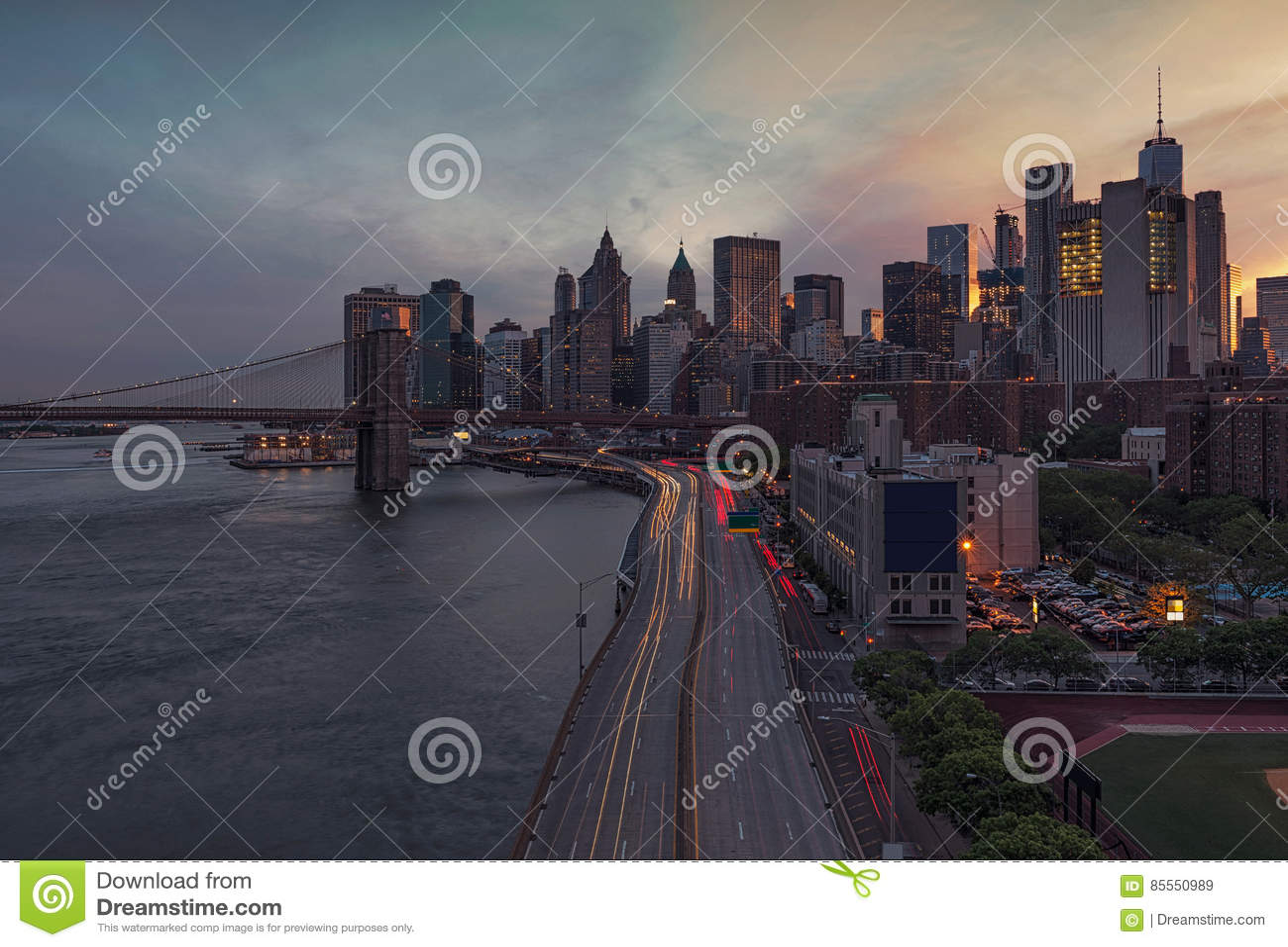 New York City bei Sonnenuntergang, USA