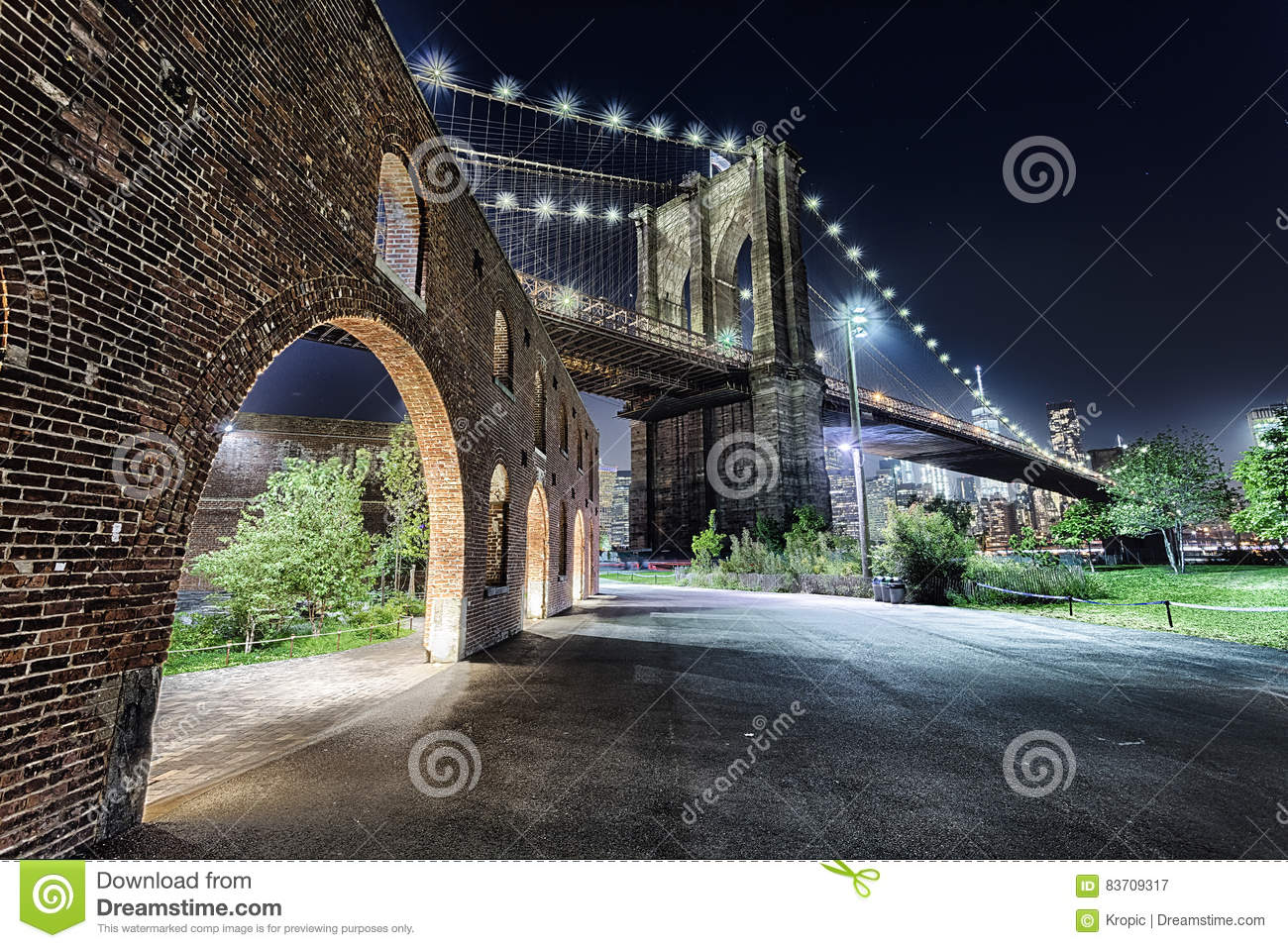 New York City Brooklyn Bridge With The Brooklyn Park Stock Photo