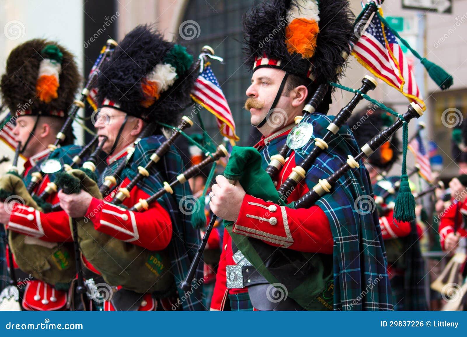 Parada NYC do dia do St. Patricks