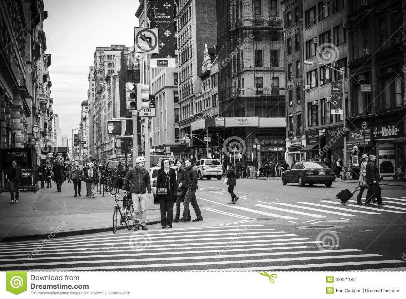 New York City Street View - Flatiron District Editorial ...