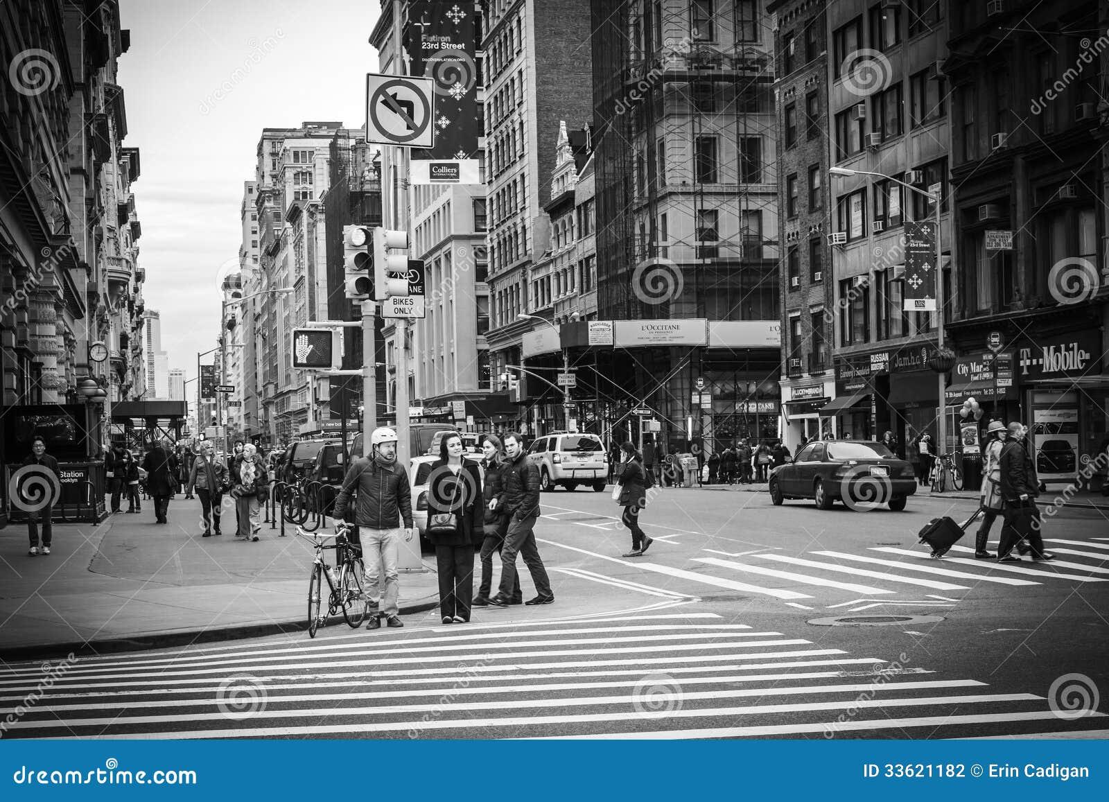 New York City Street View - Flatiron District Editorial ...