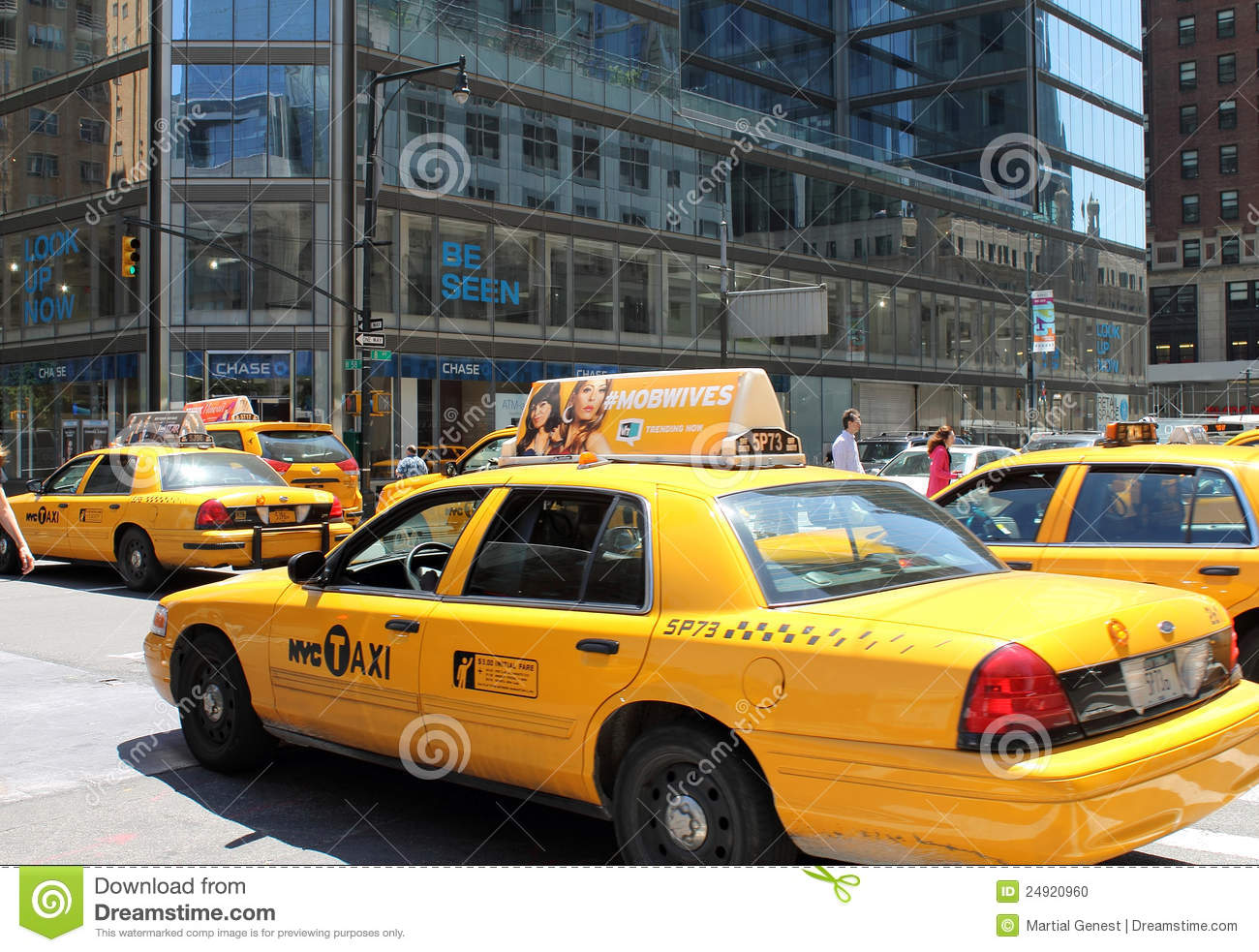 new york city yellow taxi editorial image image of light. Black Bedroom Furniture Sets. Home Design Ideas