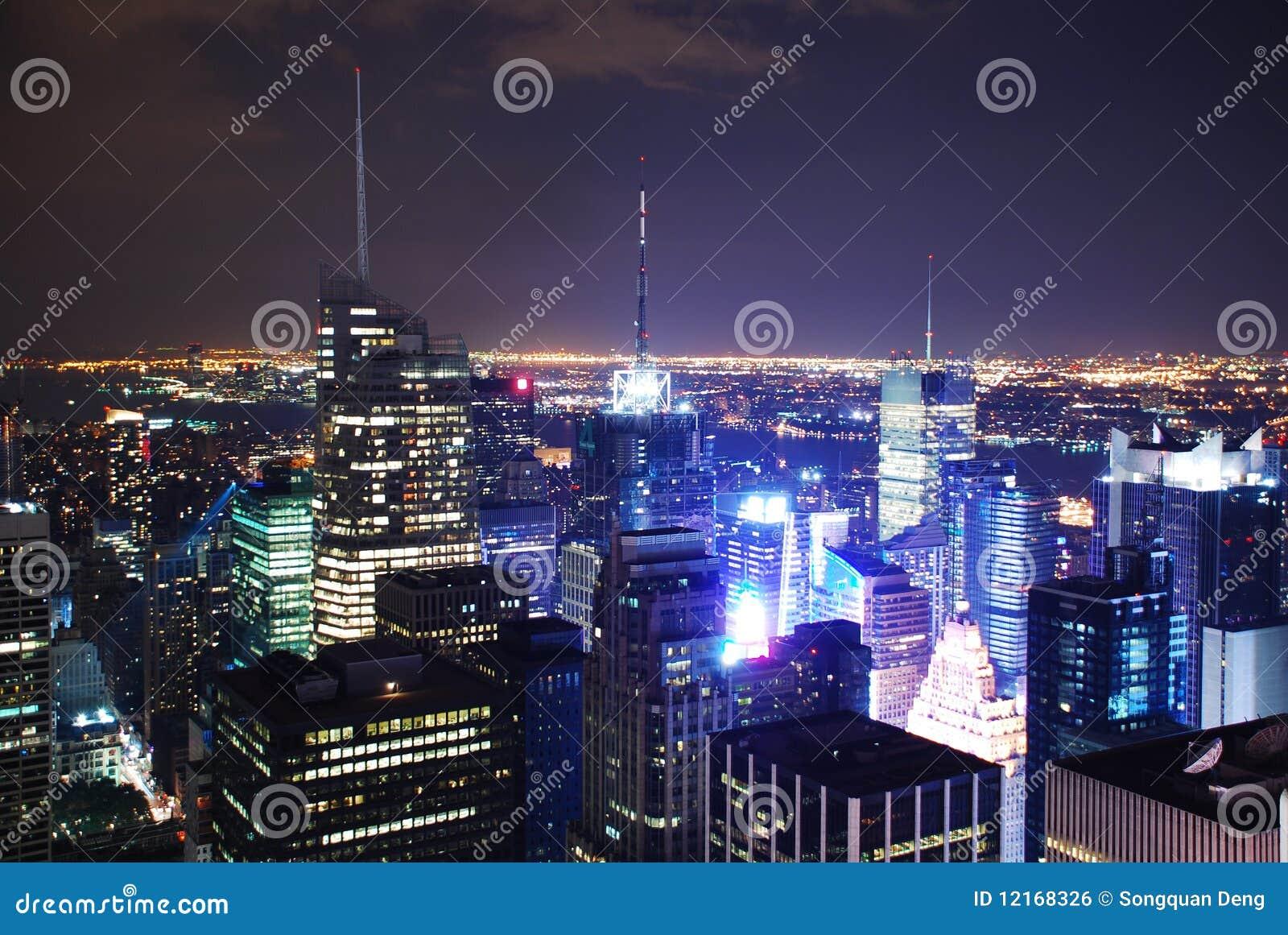 New- York Cityluftnachtansichtpanorama