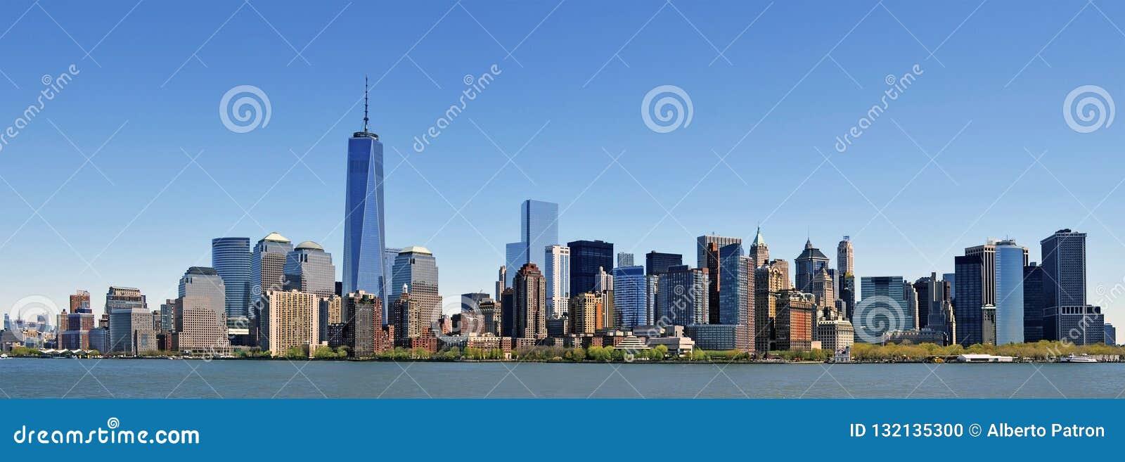 New York, das beste breite Panorama verfügbar mit dem Hudson