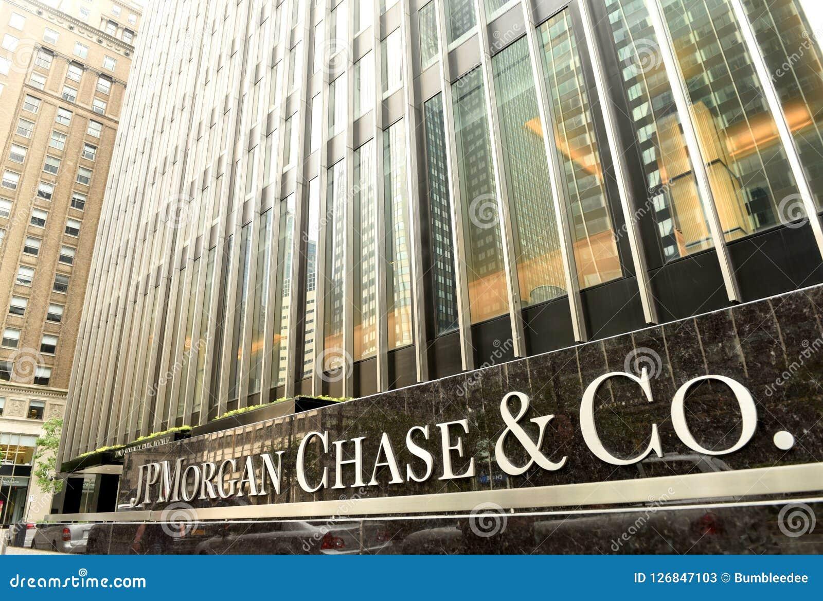 New York, EUA - 26 de maio de 2018: JPMorgan escritório persegue & do Co no