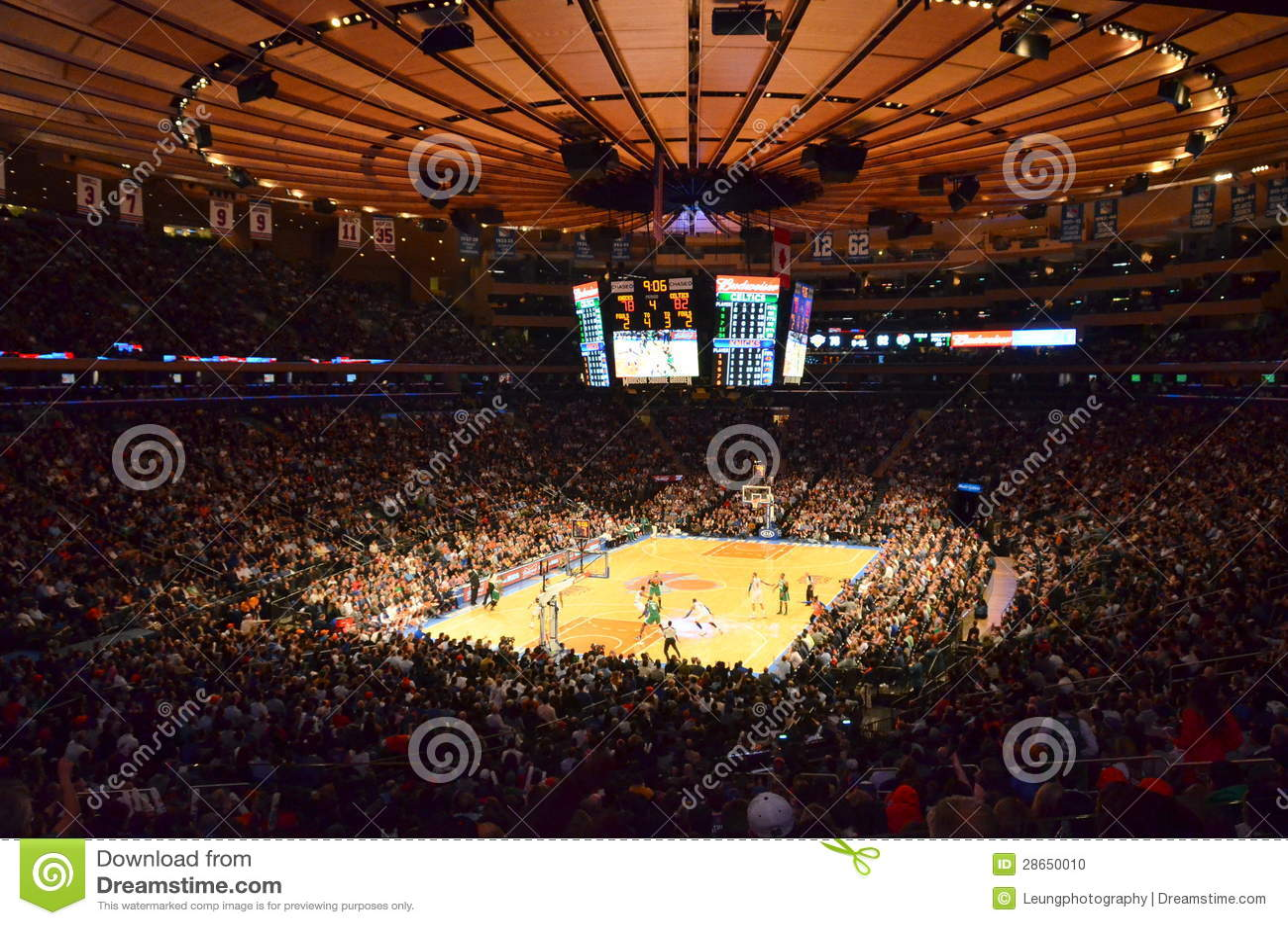 New York Knicks In Madison Square Garden Redaktionelles Bild