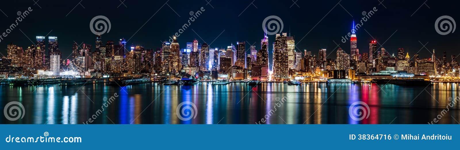 New York midtownpanorama vid natt