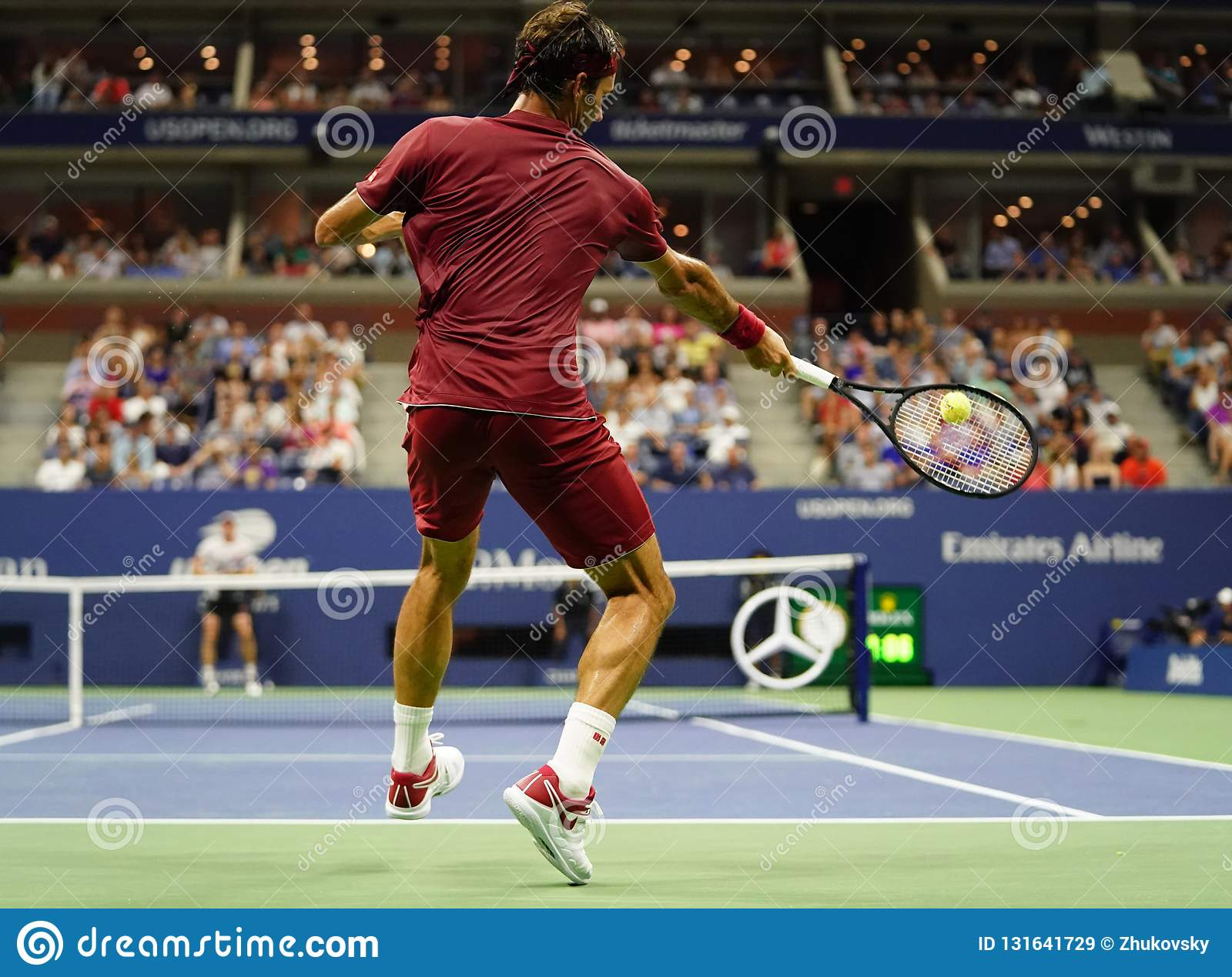 Geografia slealtà insufficiente  20-time Grand Slam Champion Roger Federer Of Switzerland In Action During  The 2018 US Open Round Of 16 Match Editorial Stock Image - Image of nike,  hard: 131641729