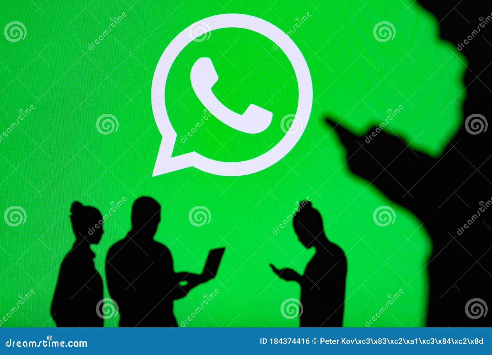 NEW YORK, USA, 25. MAY 2020: WhatsApp Cross-platform ...