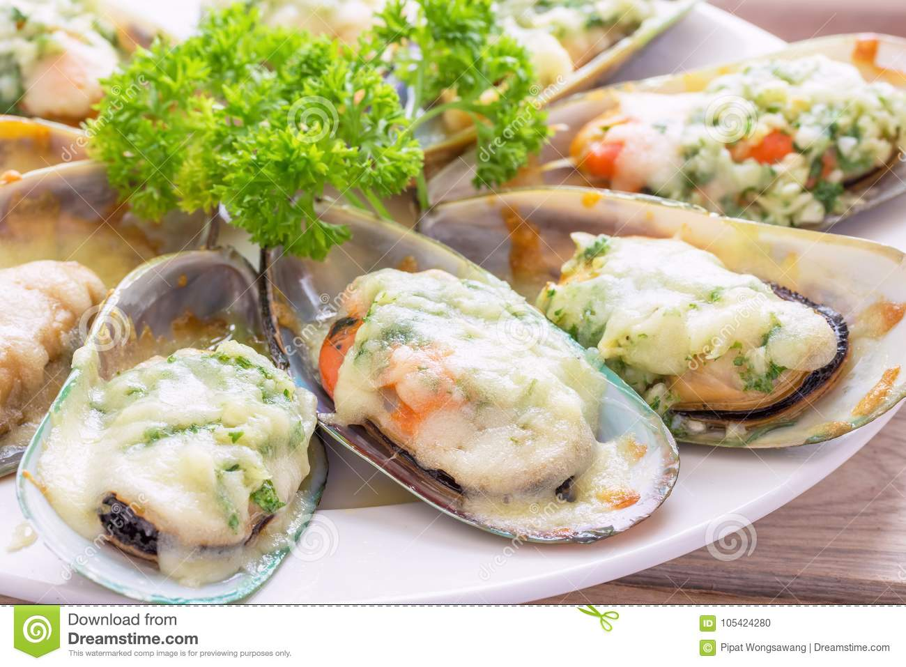New Zealand Mussels Baked Stock Photo Image Of Cook 105424280