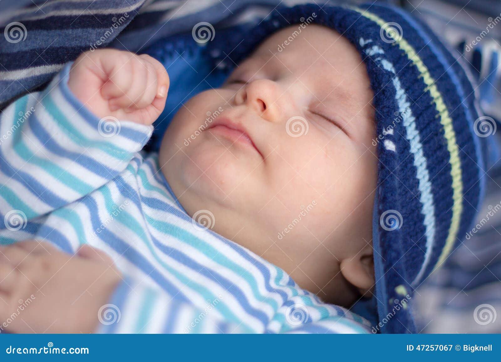 Newborn baby boy sleeping stock image. Image of asleep - 47257067 da781a5f54df