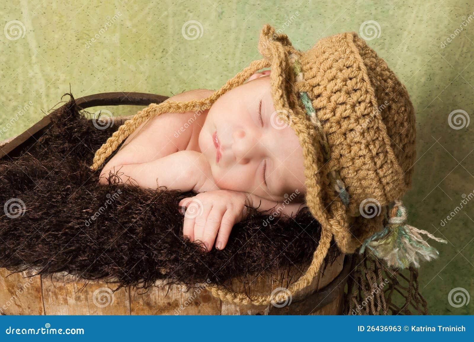 11c9e57f9557e Newborn Baby Boy Wearing A Fishing Hat Stock Image - Image of ...