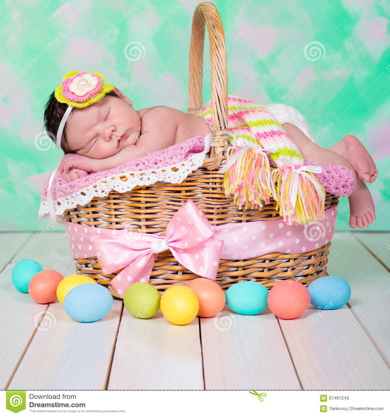 Newborn baby girl has sweet dreams on the wicker basket easter download comp negle