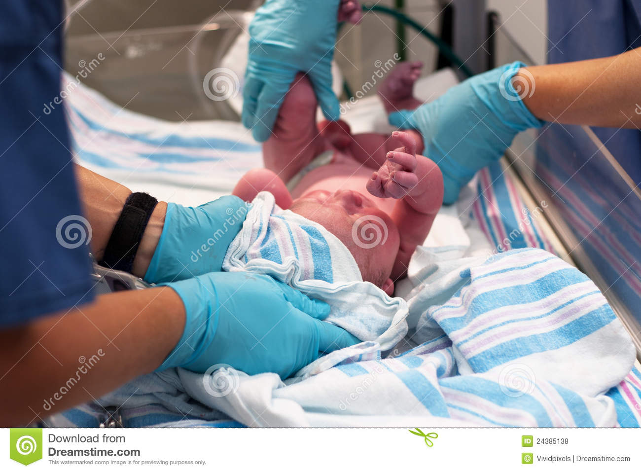 Newborn Baby Moments After Birth Royalty Free Stock Photos